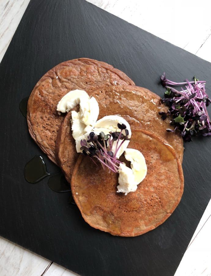 """""""Beetroot-Kid"""" (beetroot-pancake with honey and goatcheese)"""